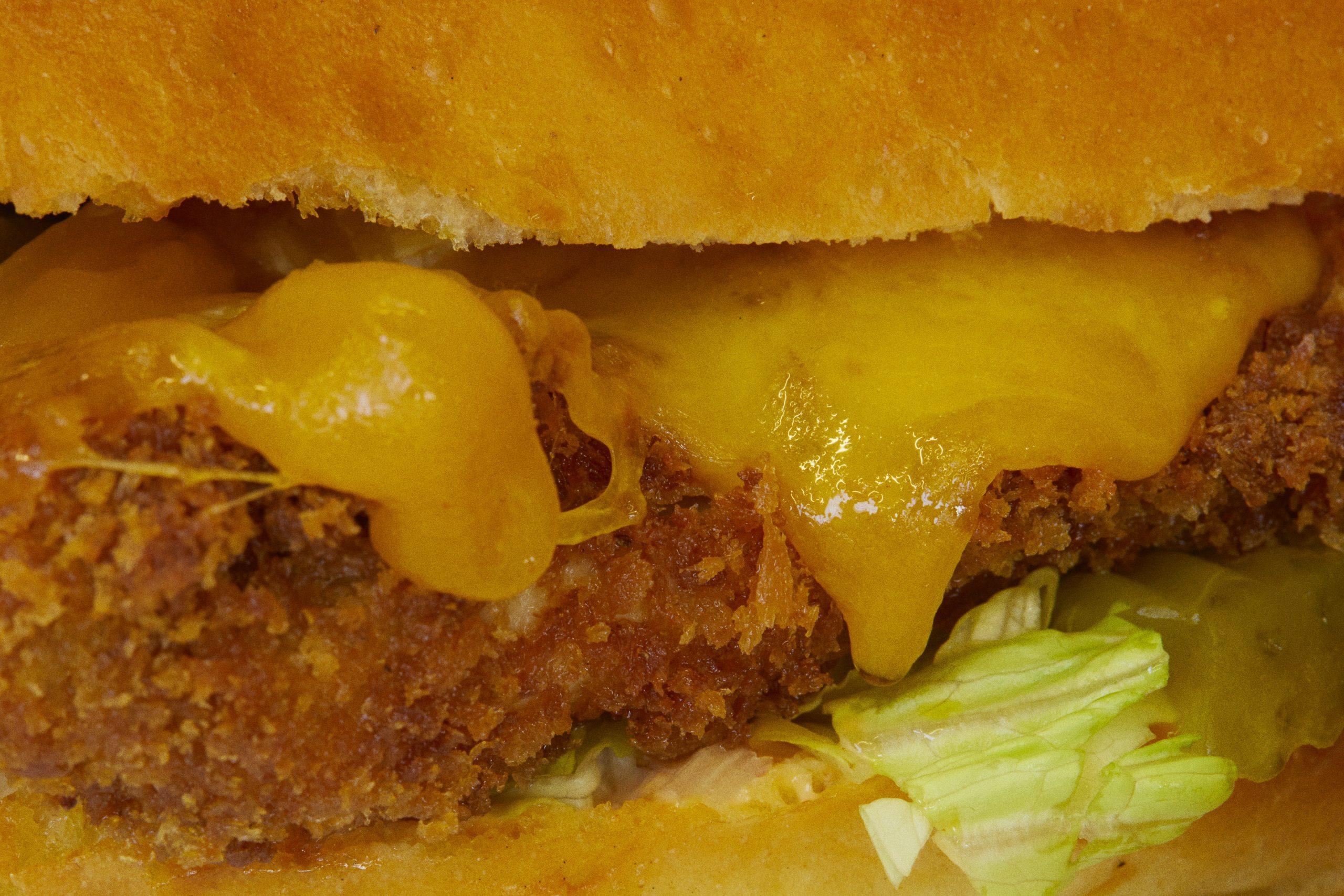 zoom burger cot cot