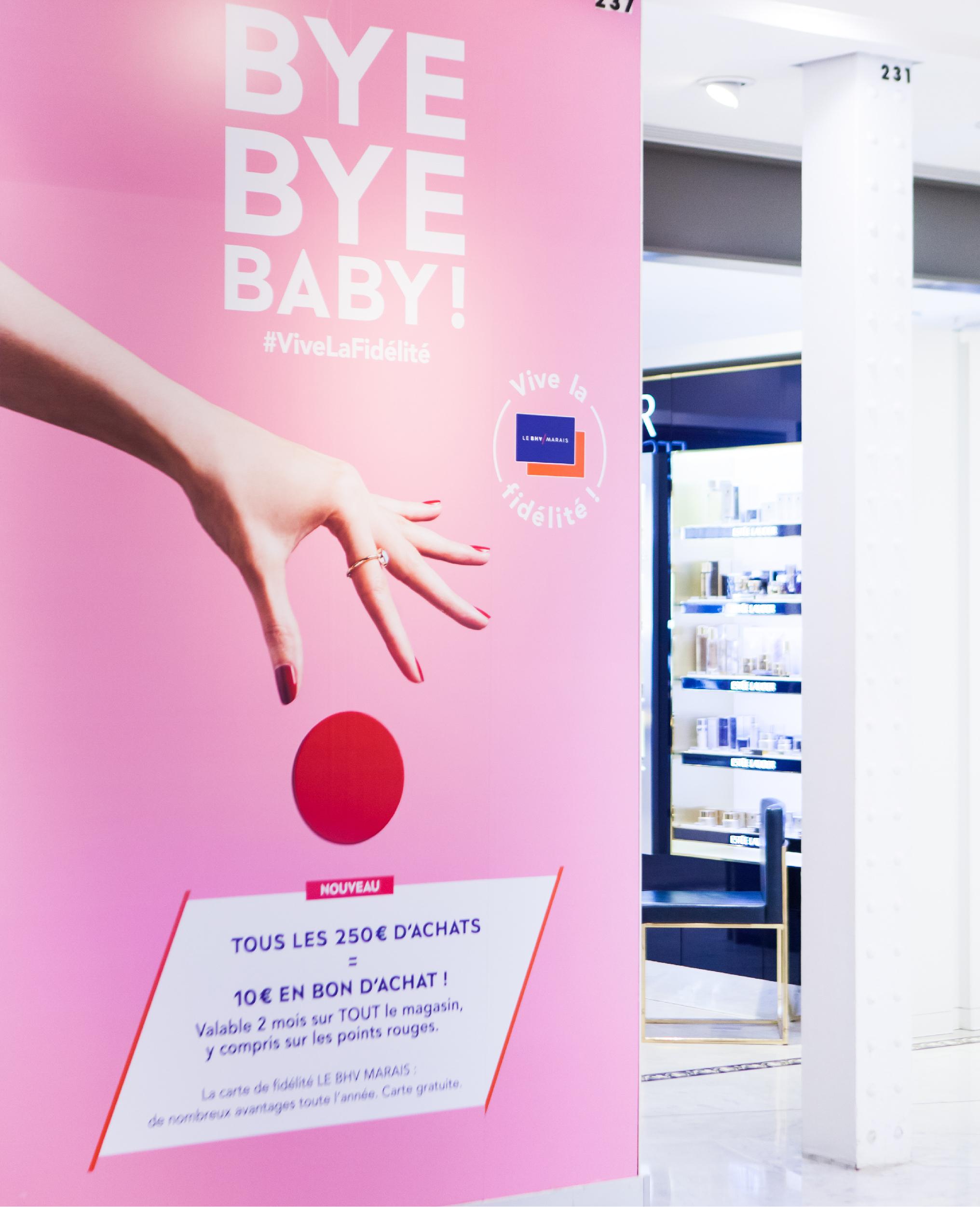 panneau magasin programme de fidélité BHV Marais